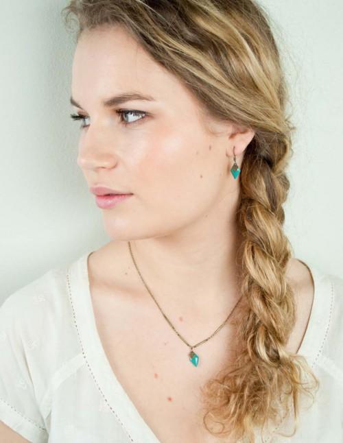 mementomori-bijoux-createur-boucle-oreille-sautoir-collier-femme-portrait-0022