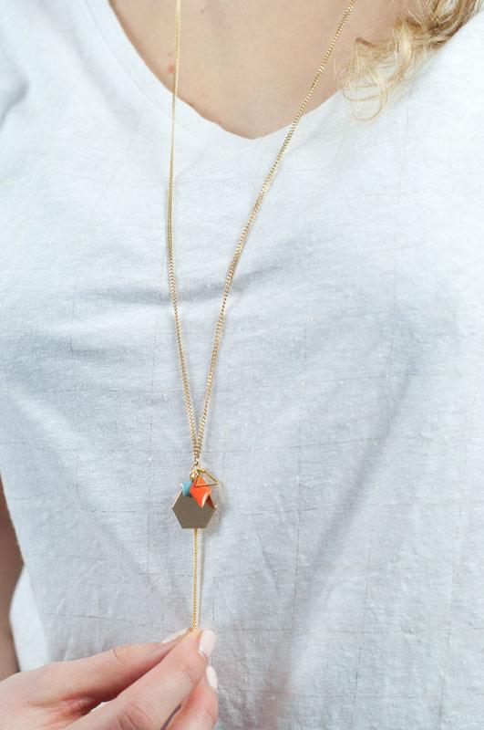 mementomori,bijoux,createur,fantaisie,sautoir,collier,laiton,or,omega,mariage,ceremonie,tendance