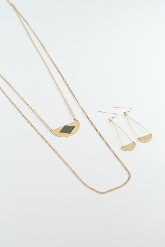 mementomori,bijoux,bijou,createur,fantaisie,sautoir,collier,boucles,oreilles,or,laiton